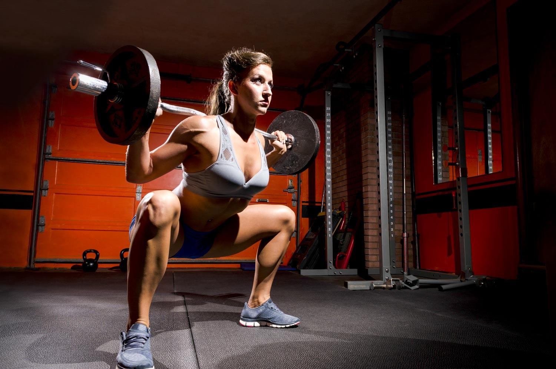 Squat sumo : l'exercice efficace pour muscler cuisses et fessiers